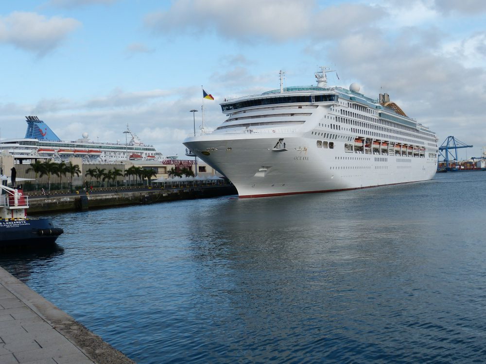 cruises in Las Palmas Port